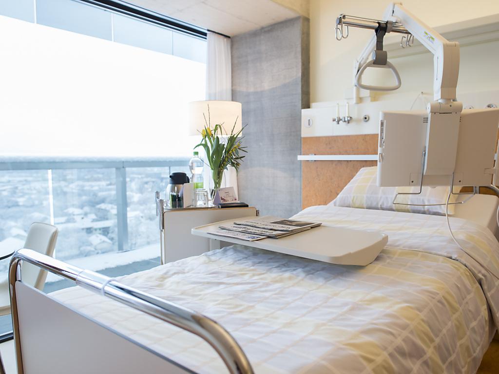 un comparateur en ligne pour l 39 assurance compl mentaire rfj votre radio r gionale. Black Bedroom Furniture Sets. Home Design Ideas