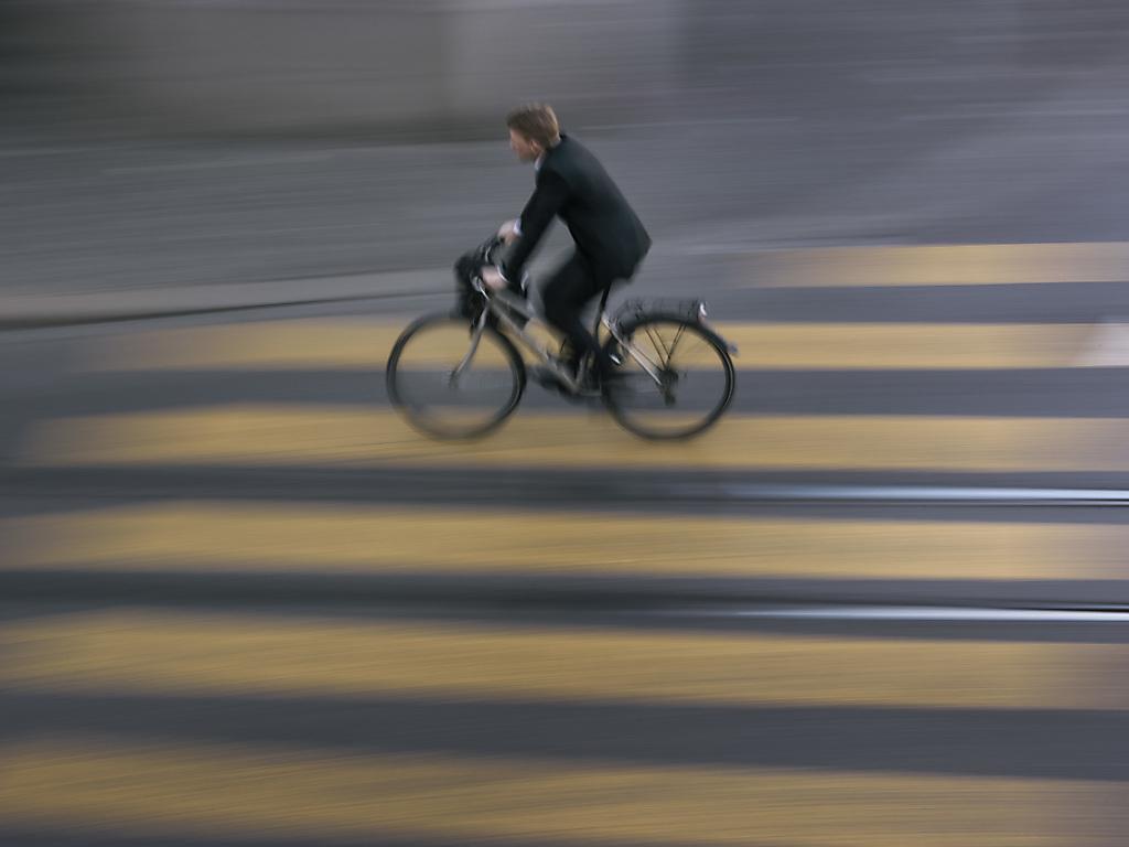un cycliste jug pour avoir fauch mortellement un pi ton rfj votre radio r gionale. Black Bedroom Furniture Sets. Home Design Ideas