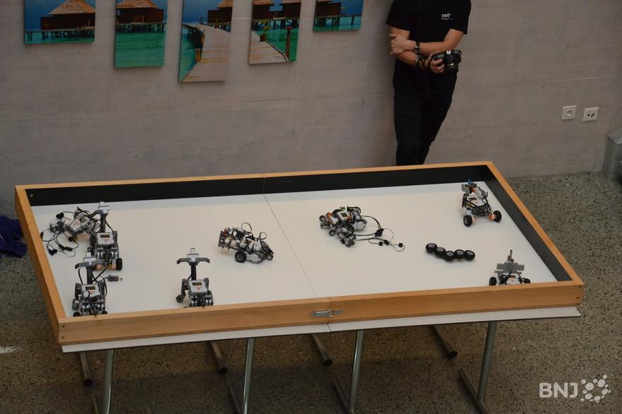 Thumbnail for Construire et programmer son robot à 11 ans
